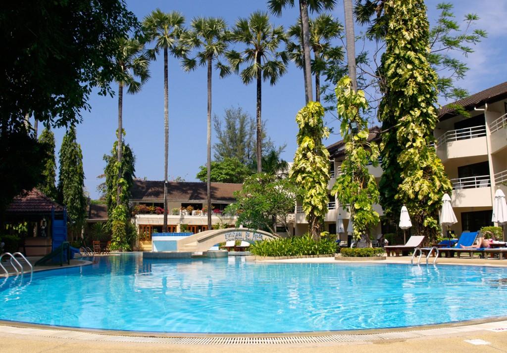 Phuket har mange dejlige hoteller, hvor hele familien vil føle sig hjemme